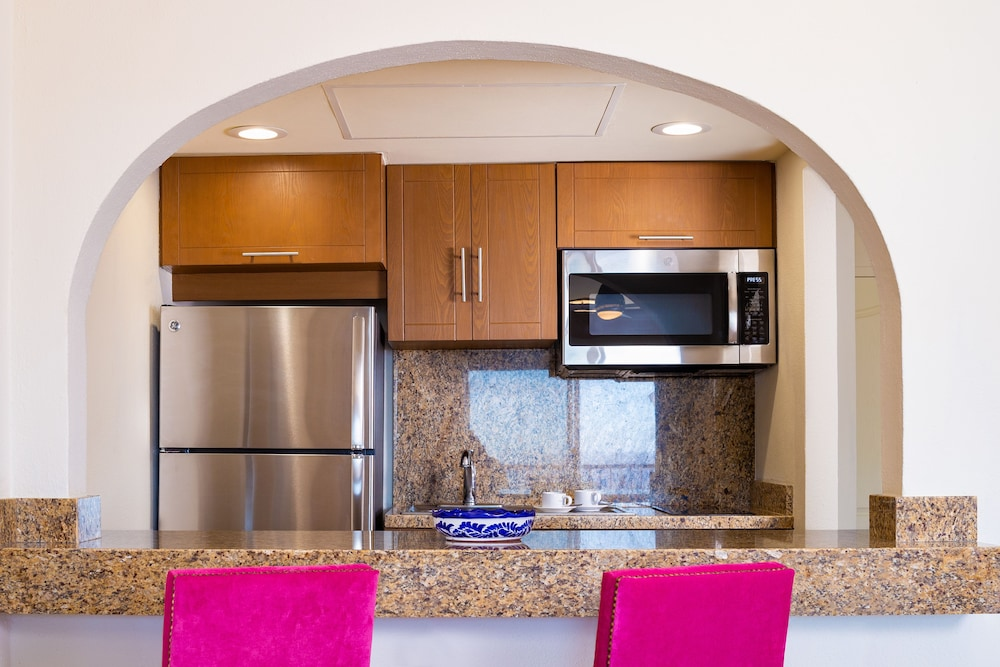 Private Kitchen,  Villa del Palmar Beach Resort Cabo San Lucas - All Inclusive Options Available