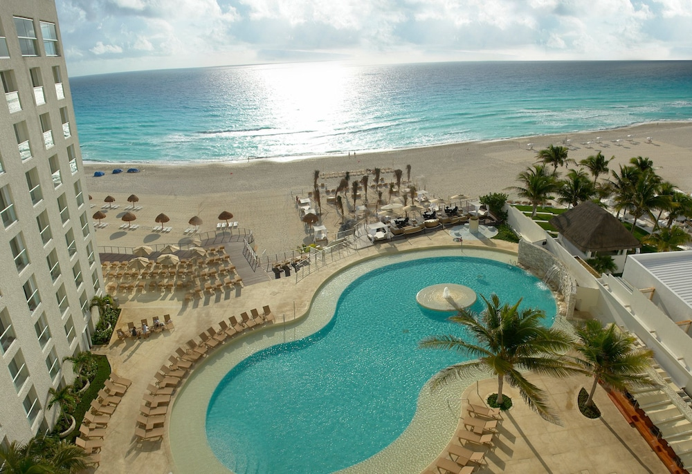 Sunset Royal Beach Resort All Inclusive 4 0 Out Of 5