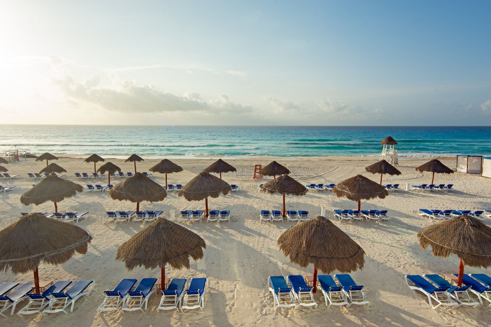 Travelocity.com Sunset Royal Beach Resort - All Inclusive, Cancun (per night)