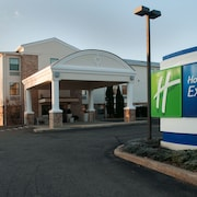 Holiday Inn Express Vernon - Manchester