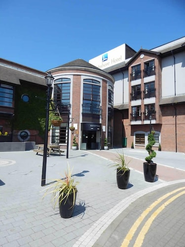 Clarion Collection Hotel Belfast Loughshore