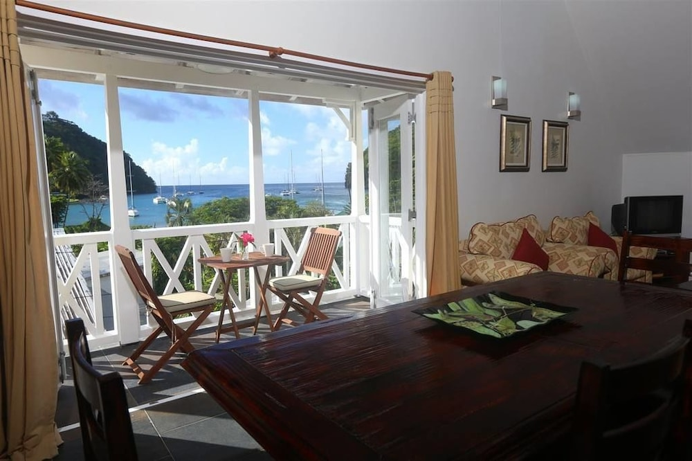 Living Area, Marigot Beach Club and Dive Resort