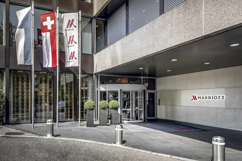 Property Entrance, Zurich Marriott Hotel