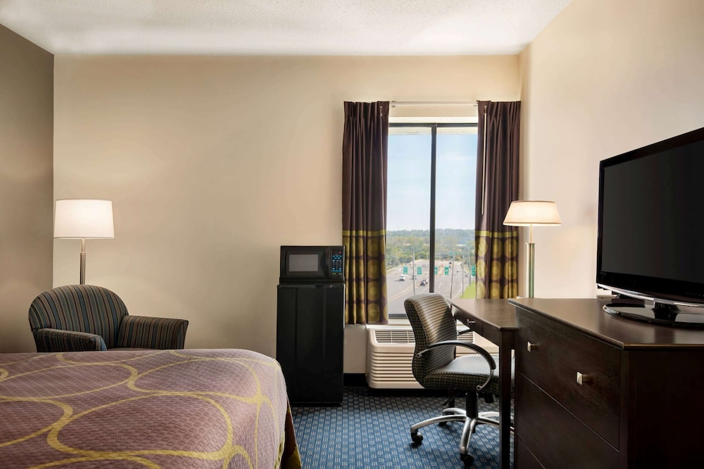 Room, Super 8 by Wyndham Liverpool/Syracuse North Airport