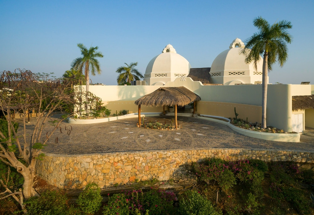 Front of Property, Quinta Real Huatulco