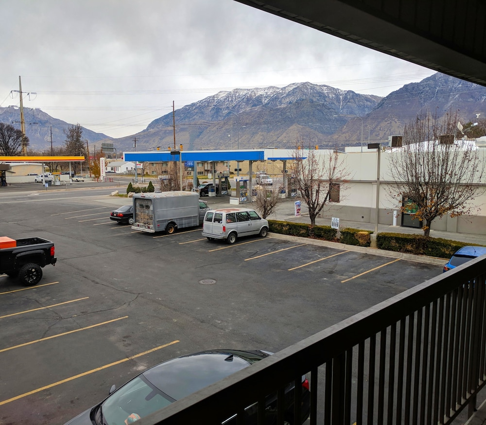 Property Grounds, Americas Best Value Inn & Suites Provo