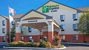 Holiday Inn Express Hotel & Suites Muncie, an IHG Hotel