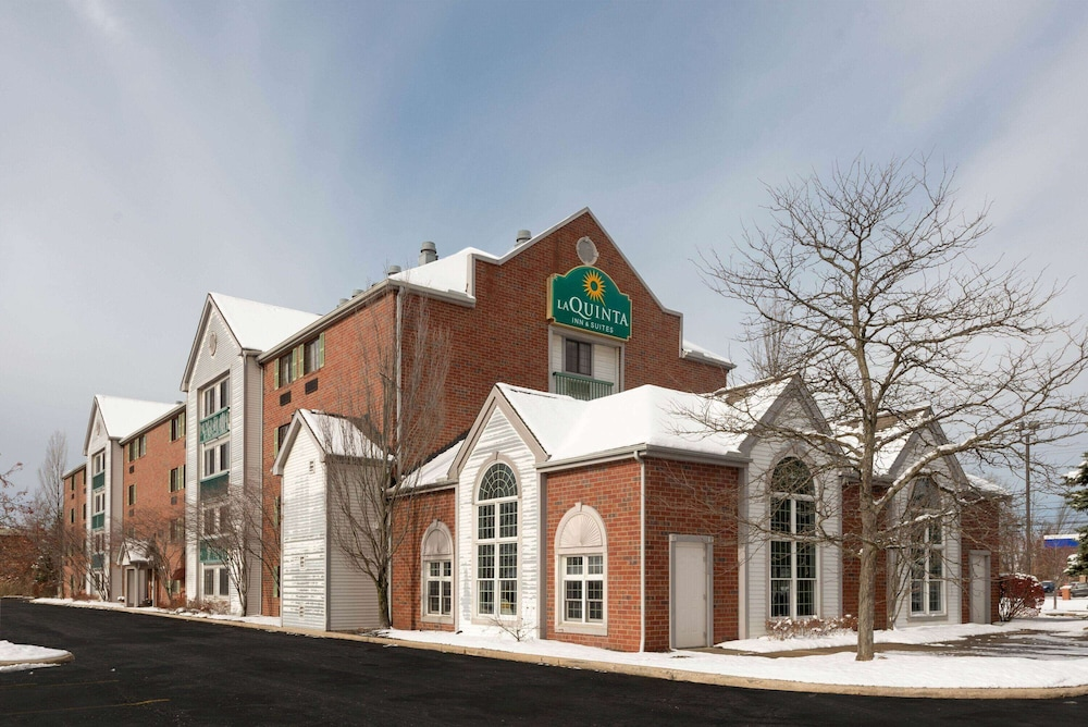 Exterior, La Quinta Inn & Suites by Wyndham Cleveland Macedonia