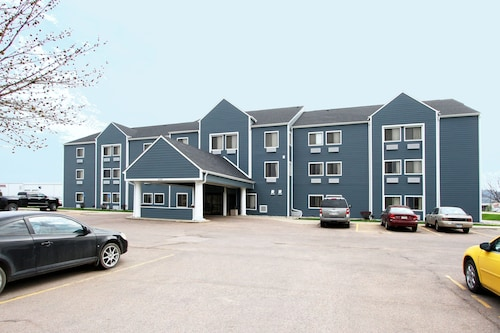 New Victorian Inn & Suites in Sioux City