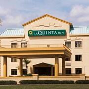 Top 10 Hotels Near Busch Gardens Closest Tampa Hotels 64night