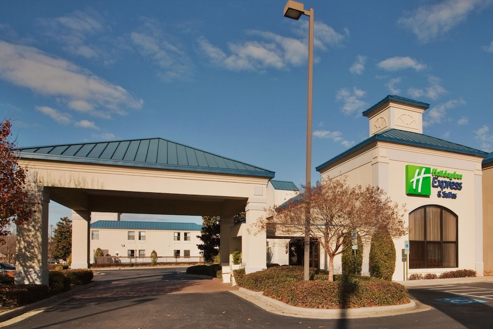 Featured Image, Holiday Inn Express Hotel & Suites Wilson - Hayes Place