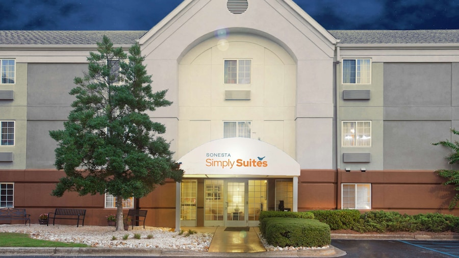 Sonesta Simply Suites Birmingham
