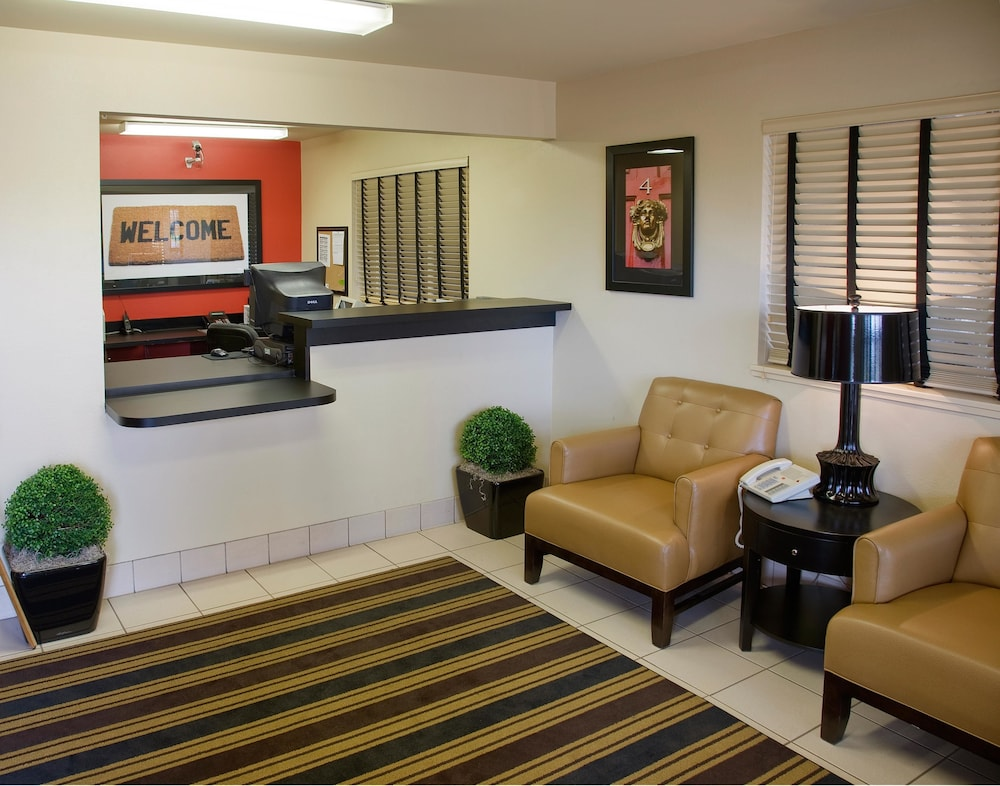 Lobby, Extended Stay America - Knoxville - Cedar Bluff
