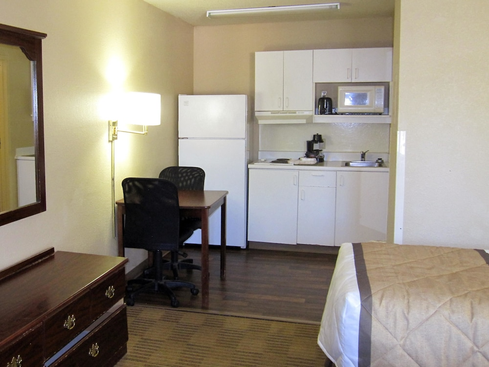 Room, Extended Stay America - Knoxville - Cedar Bluff