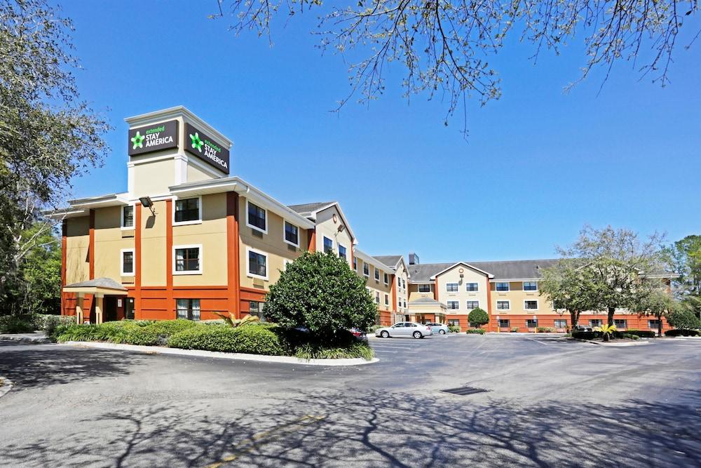 Extended Stay America Jacksonville Lenoir Avenue East In