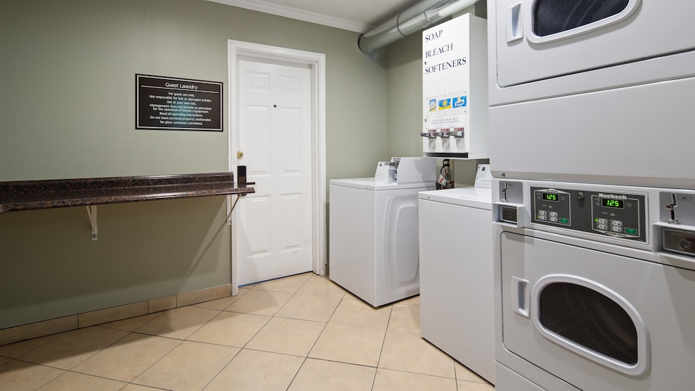Laundry Room, Best Western Mountain View Inn