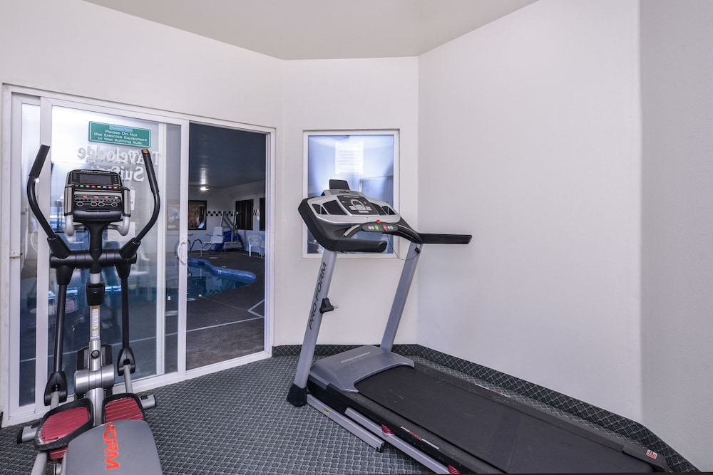 Gym, Travelodge Suites by Wyndham Newberg