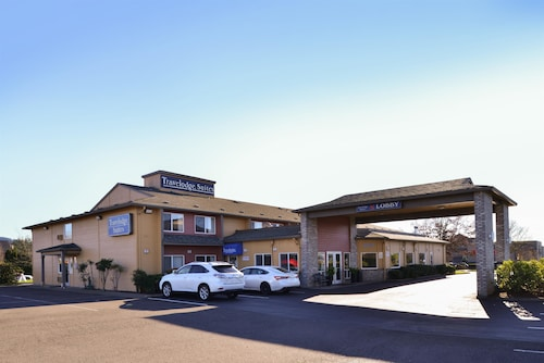 Great Place to stay Travelodge Suites by Wyndham Newberg near Newberg