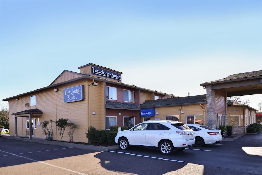 Exterior, Travelodge Suites by Wyndham Newberg