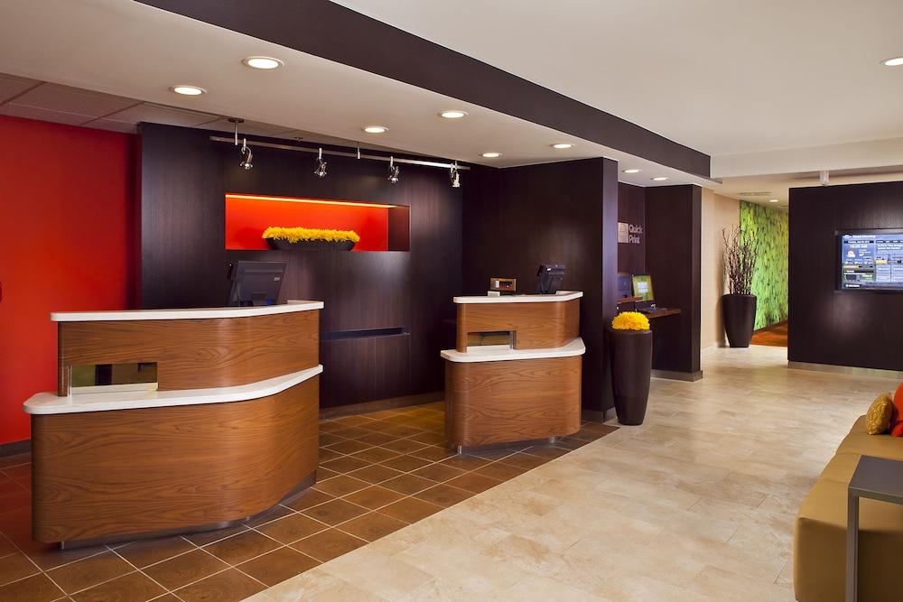 Reception, Courtyard by Marriott Birmingham Colonnade/Grandview