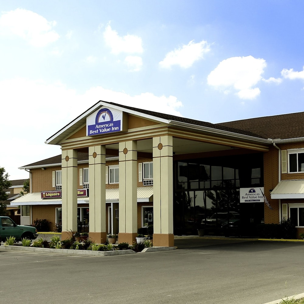 Front of Property, Americas Best Value Inn Marion, IL