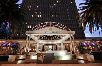 パースのアクセスが良くコスパのいいプール付きホテル