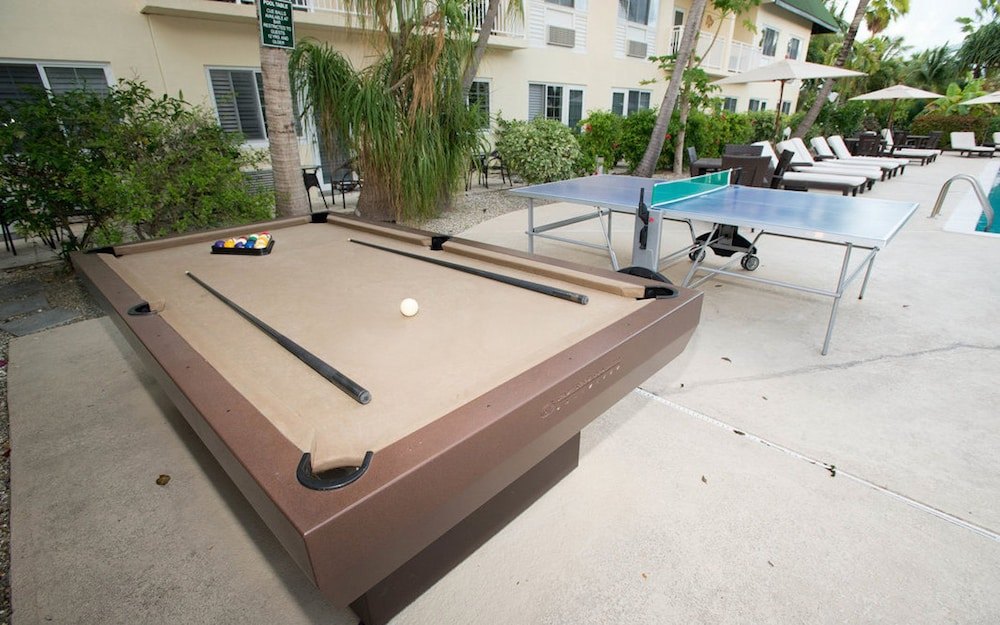 Billiards, Ports of Call Resort