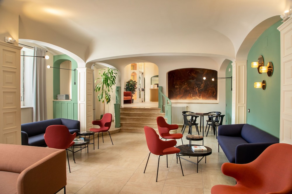 Living Area, Hotel Colosseum