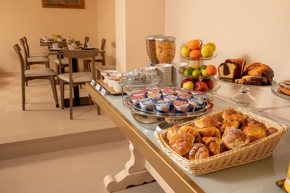 Breakfast buffet, Hotel Colosseum