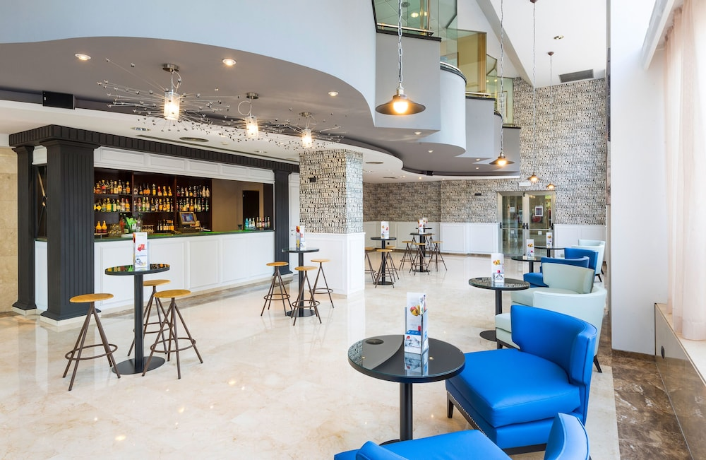 Bar, TRYP Barcelona Apolo Hotel