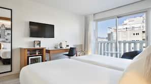 Premium-sengetøj, dundyner, minibar