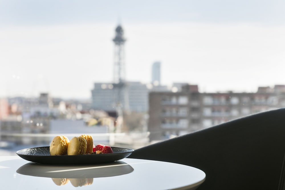 In-Room Dining, TRYP Barcelona Apolo Hotel