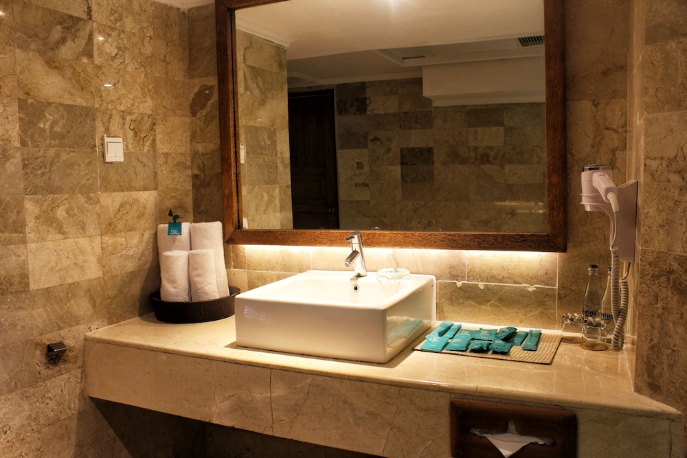 Bathroom, SOL by Meliá Benoa Bali - All inclusive