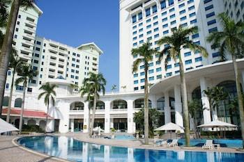【ベトナム】ハノイで清潔で部屋が広い女子向けのホテルを教えてください