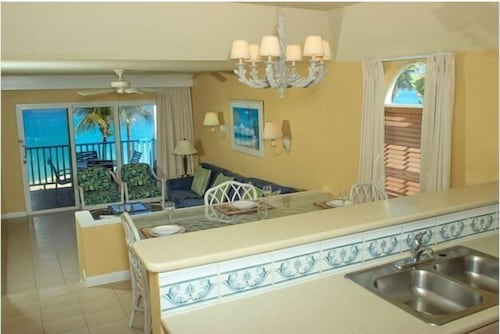 In-Room Dining, Paradise Island Beach Club - Sun View 2 Bedroom Apts