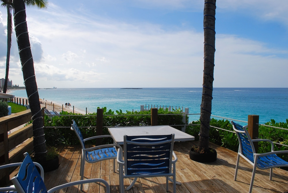 Balcony, Paradise Island Beach Club - Sun View 2 Bedroom Apts