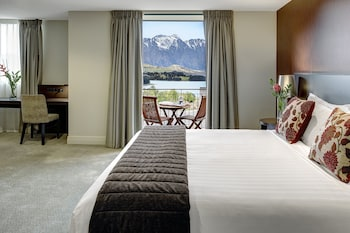 Deluxe Room, Lake View - Guestroom