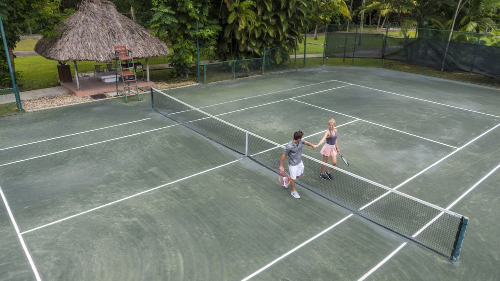Tennis Court, Couples Swept Away All Inclusive