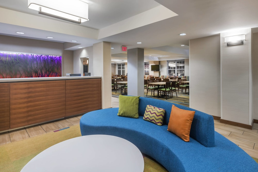 Fairfield Inn Kansas City Downtown Union Hill By Marriott 2018 Pictures Reviews Prices Deals Expedia Ca