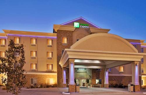 Great Place to stay Holiday Inn Express and Suites Kearney near Kearney