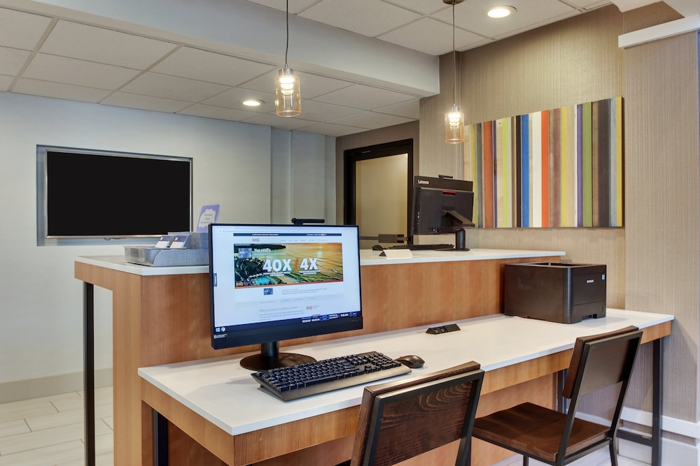 Business Center, Holiday Inn Express Atlanta - Emory University Area, an IHG Hotel