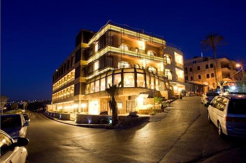 $42 Hotels near Souq al-Haraj in Tripoli | Orbitz