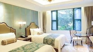 高級寢具、迷你吧、房內夾萬、窗簾