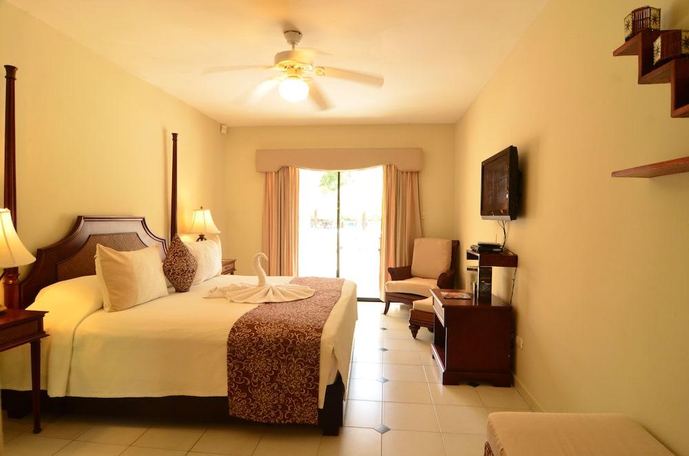 Cofresi Palm Beach Spa Resort Garden View Room