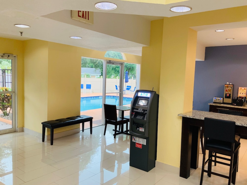 ATM/Banking On site, Days Inn & Suites by Wyndham Tampa/Raymond James Stadium