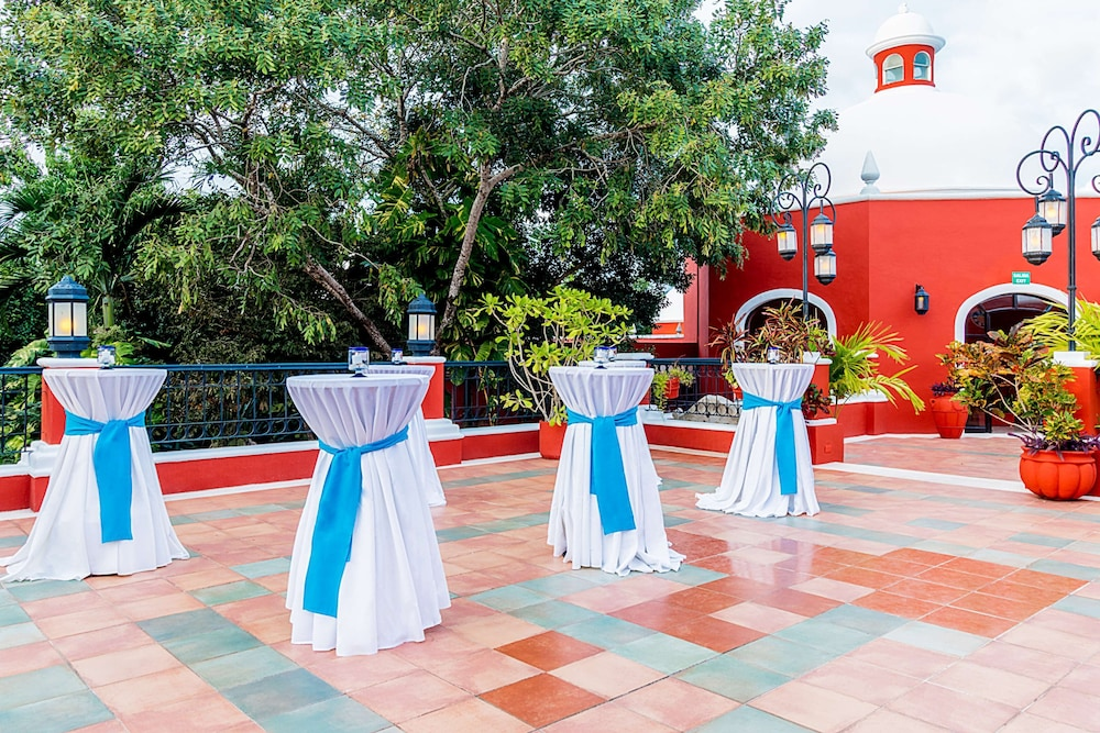 Indoor Wedding, Occidental Cozumel - All Inclusive