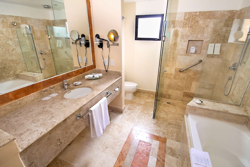 Bathroom, Occidental Cozumel - All Inclusive