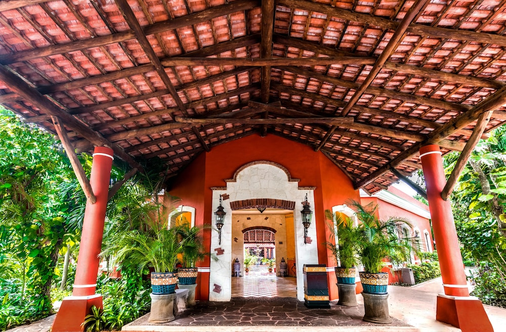 Interior Entrance, Occidental Cozumel - All Inclusive
