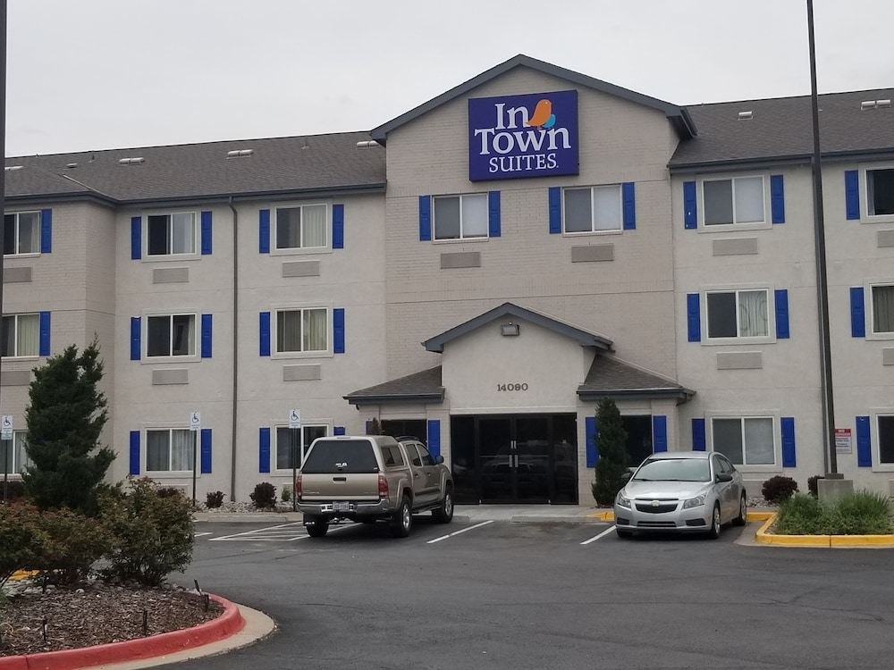 Exterior, InTown Suites Extended Stay Select Denver Aurora West