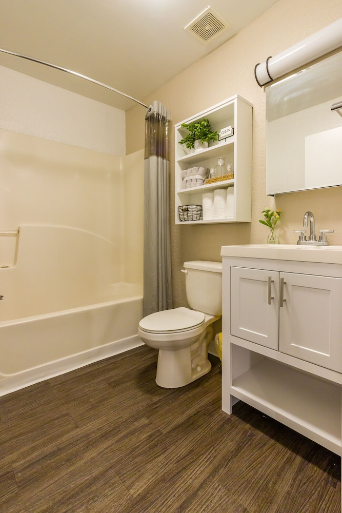 Bathroom, InTown Suites Extended Stay Select Denver Aurora West
